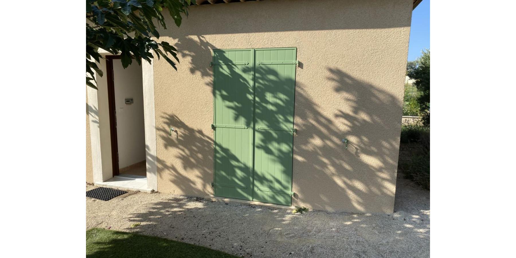 Volets Battants A Avignon Carpentras Orange Vaucluse
